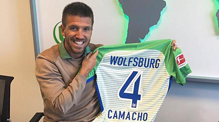 狼堡主管称赞新援卡马乔:团队球员和领袖球员