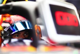 不吹不黑,本赛季加斯利能上领奖台吗?