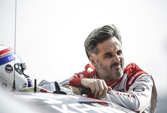 伊万·穆勒在葡萄牙为沃尔沃测试TC1赛车