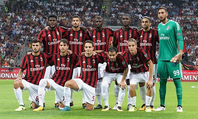 News-interna-Report-Milan-Craiova-Squadra.jpg
